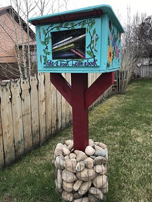 Betty the Book Nook